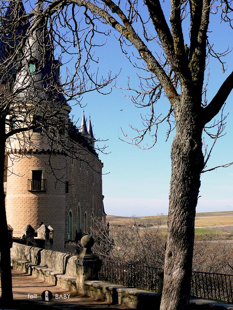 Alcázar Segovia exterior