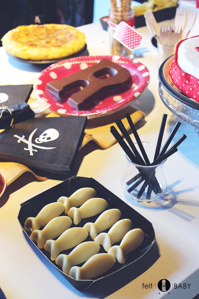 Bombones de chocolate blanco con forma de peces feltbaby blog